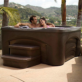 Free Flow Hot Tub Cascina