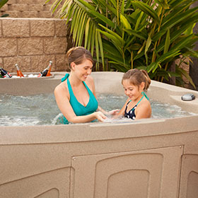 Free Flow Hot Tubs